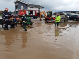 Într-o singură zi, în zone inundate - Peste 80 de misiuni