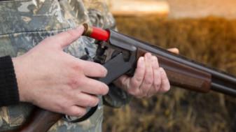 Partidă de vânătoare ilegală în Bihor - Împuşcat în cap