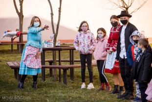 """Elevii din Suplac, călătorie prin cultura slovacă - """"Lumea din jurul meu"""""""