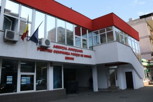 Doar 798 locuri de muncă vacante - Oferta de muncă scade în Bihor