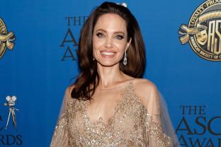 Din această lună - Angelina Jolie, editor al publicației Time