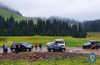 Jandarmii au amendat patru persoane care au pătruns cu autovehiculele în zone protejate - Sancţiuni în Parcul Natural Apuseni