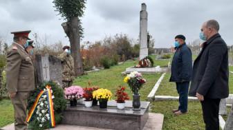 De Ziua Veteranilor, - Onor Eroului Mihail-Anton Samuilă