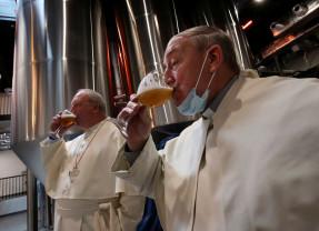 După 200 de ani - Călugării unei abaţii au reluat producţia de bere