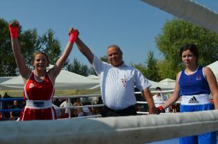 Mulţi pugilişti de perspectivă în ring - Festival de box reuşit la Salonta