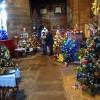 Marea Britanie. 1.378 de brazi împodobiți într-o biserică - Expoziţie record de Crăciun