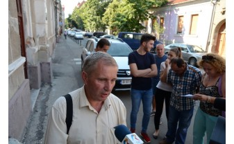 Poliţiştii au efectuat mai multe percheziţii în Ştei şi în Cărpinet - Ex-director de şcoală, în vizor