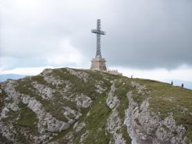 Povestea celei mai înalte cruci din lume amplasate pe un vârf montan - Crucea de pe Caraiman