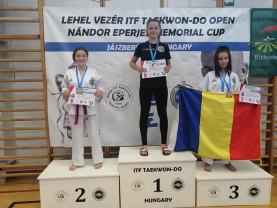 Karina Mihuţa, dublă medaliată în Ungaria - O sportivă care îşi confirmă valoarea