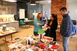Peste 600 de orădeni la târg şi ateliere - Festivalul Informal de Carte Oradea