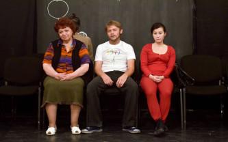 Începând de astăzi, 23 martie, cu subtitrare în limba română - Videotecă online la Teatrul Szigilgeti