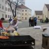 """Cetatea Oradea. Puţini orădeni au participat la un eveniment """"de sezon"""" - Pomana porcului"""