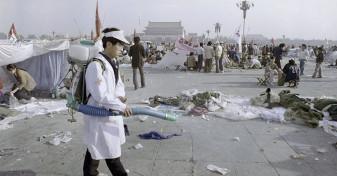 China. 30 de ani de la protestele Tiananmen - Tinerii preferă confortul, nu democraţia