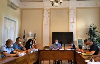 De luni, 23 august - Autobuze în Nufărul-Cantemir şi linii noi de tramvaie