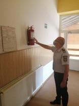 Pompierii au constatat mai multe nereguli, aplicând sancţiuni - Controale la instituţiile de învăţământ