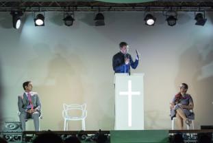Pentru rolul Joshua din spectacolul  Creștini - Răzvan Vicoveanu, nominalizat la UNITER