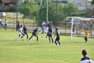 CSC Sânmartin - Luceafărul Oradea 2-1 (1-1) - Un penalty controversat a făcut diferenţa