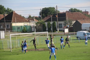 Olimpia Satu Mare - CSC Sânmartin - Bihorenii sunt favoriţi la calificare