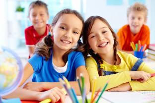 """Bibliotecă. S-a dat startul proiectului ,,Kinderprogramm"""" - Copiii pot învăța limba germană"""