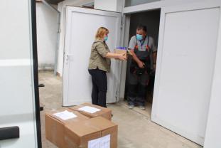 Pentru persoanele vulnerabile din Bihor - Măști și șervețele biocide gratuite