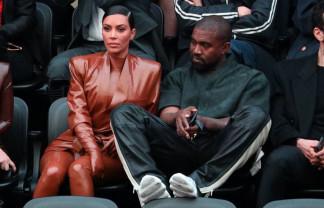 Kim Kardashian divorţează de Kanye West - O relaţie care a luat-o razna