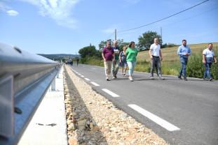 Între Tăşad şi Copăcel - Drum județean, modernizat