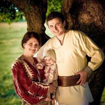 Mioriţa Săteanu, mamă, bunică şi străbunică - Despre importanţa şi valoarea familiei