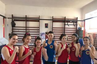 Basti Box Salonta participă la Cupa României - Șapte pugiliste urcă în ring