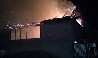 Incendii în Oradea, Vașcău și Ghiorac - Apartament în flăcări