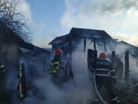 Incendii în Oradea, Săliște de Vașcău, Cacuciu Nou și Marghita - Pompierii au avut un weekend încins