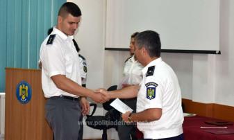 Şedinţă festivă şi avansări în grad - Ziua Poliţiei de Frontieră, marcată la Oradea