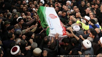 """""""Moarte Americii"""" - Funeralii la Teheran"""