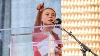 Activista adolescentă și alți 15 copii au depus plângere - Criza climatică şi ţările lumii