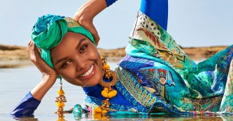 Sports Illustrated - Halima Aden, primul model cu hijab și burkini