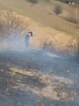 Bihorenii nu respectă regulile și continuă să incendieze terenuri - Incendii în trei localităţi