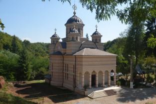 Izvorul Tămăduirii prăznuit la Mănăstirea Izbuc