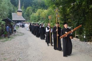 Binecuvântare pentru pelerini la Mănăstirea Izbuc - O zi plină de bucurie şi sfinţenie