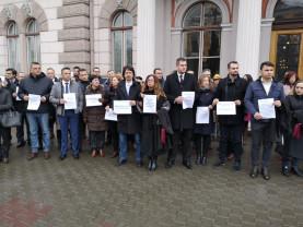 Judecători şi procurori din întreaga ţară au declanşat proteste - Criză în Justiţie