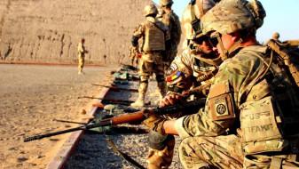 MApN întrerupe misiunile în Irak - Militarii români, relocaţi