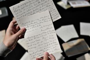 """Un volum inedit de Marcel Proust va fi publicat în Franţa - """"Şaptezeci şi cinci de pagini"""""""