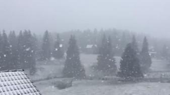 Alerte de vreme rea în toată țara - Cod portocaliu de viscol în zona montană