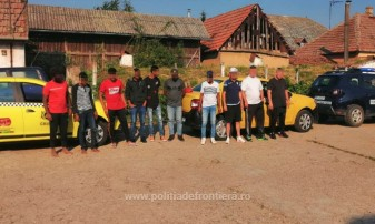 Șapte cetăţeni din Sri Lanka, depistaţi la graniţa cu Ungaria - Migranţi prinşi în taxi