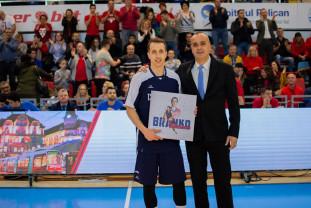 Plachetă şi aplauze pentru Mirkovic