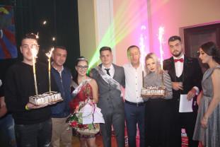 """CN """"Avram Iancu"""" Ștei. Balul Bobocilor -  """"Nepoții Moțului"""" și-au ales Miss și Mister Boboc 2019"""