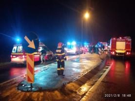 Șoferul unui autoturism a decedat, alte două persoane rănite - Accident mortal pe DN19