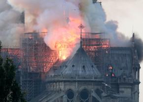 Milioane de euro donate pentru restaurarea Catedralei Notre-Dame - Dovadă uimitoare de solidaritate