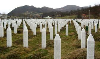 Olanda parțial vinovată de masacrul de la Srebrenița