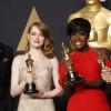 """""""La La Land"""" triumfă cu șase statuete, dar pierde marele premiu - Gafă istorică la Oscar"""