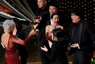 """Oscar 2020. Cel mai bun film vine din Coreea de Sud - """"Parasite"""" face istorie"""