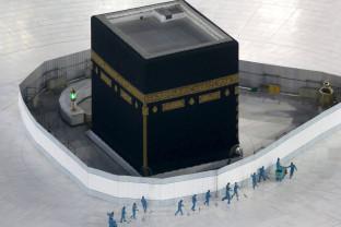 Marele pelerinaj de la Mecca sub restricţii de pandemie - Doar o mie de pelerini au verde